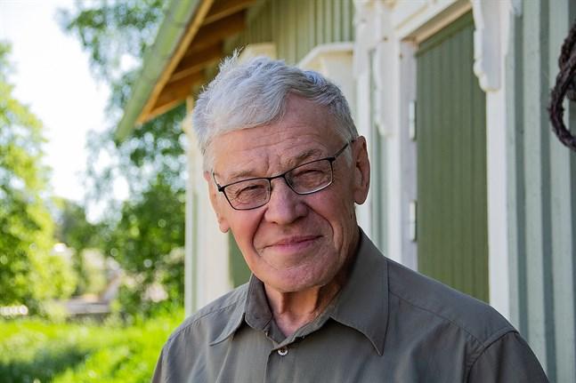 Martin Häggman, 81, minns hur han som femåring var isolerad på epidemisjukhuset i Jakobstad i fem veckors tid.