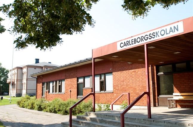 De fuktskadade lokalerna ligger i tidigare högstadiet Carleborgsskolans lokaler.