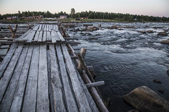 En del av Torne älv, som utgör gränsen mellan Norrbotten och Finland. Arkivbild.