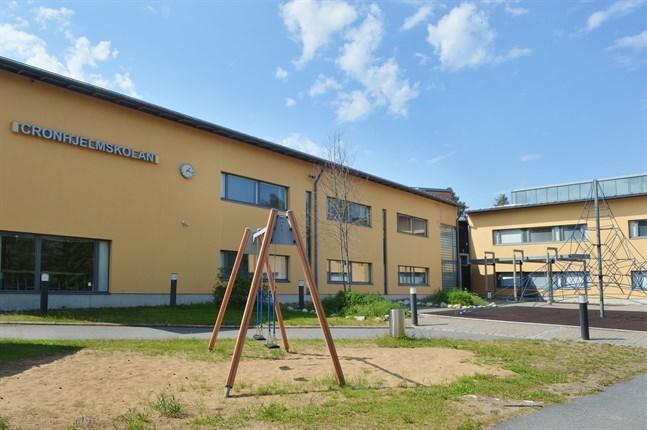 cronhjelmskolan larsmo skola