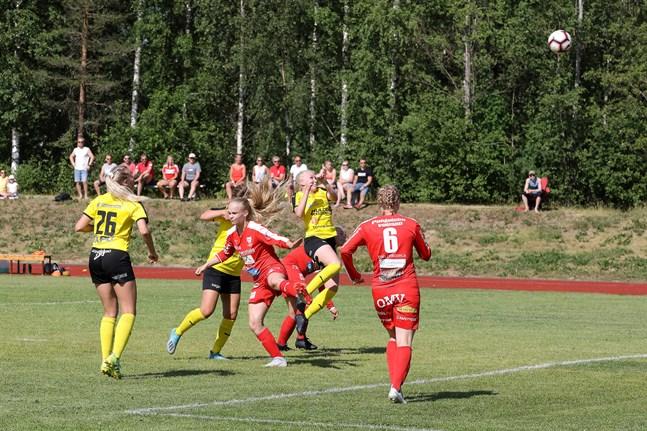 IK Myrans bortamatch mot ONS är inställd på grund av coronarisken. Bilden är från hemmamatchen den 27 juni.