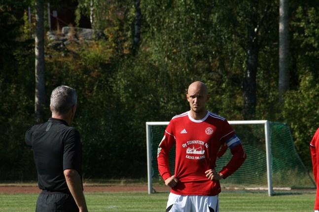 Jonas Granfors gjorde Kaskö IK:s enda mål då man förlorade mot serienykomlingen Sääripotku på hemmaplan på lördagen.