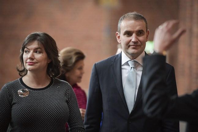 Islands president Gudni Jóhannesson och Islands första dam Eliza Reid vid ett besök i Sverige 2018.