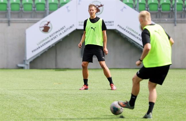 Ville Koskimaa ser fram emot säsongsstarten på lördag. Han vet vad som krävs för att VPS ska ta sig tillbaka till FM-ligan