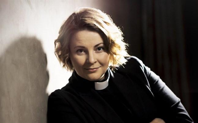 Mia Anderssén-Löf prästvigdes 2010 och är i dag kyrkoherde för Nykarleby församling. – Vi måste bryta status quo för att få en förändring, säger hon om kyrkans framtid som jämställd.