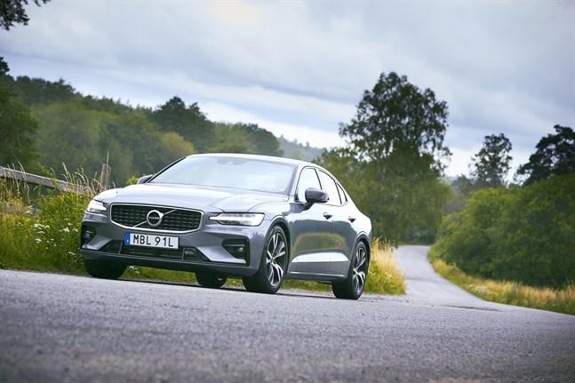 Volvo S60 är en av de bilmodeller som berörs. Arkivbild.