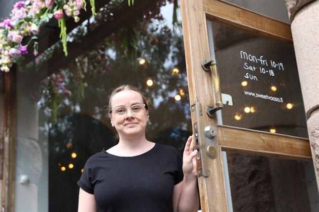 Sandra Nestorova önskar klara besked från regeringen över vilka restriktioner som gäller i höst.