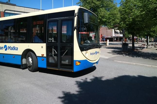 Från och med augusti blir den lokala busstrafiken i Karleby handikappanpassad.
