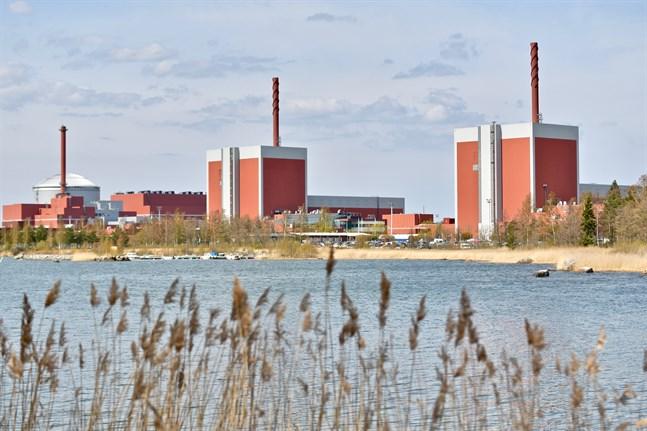 Enligt Strålsäkerhetscentralen finns det för närvarande ingen orsak att införskaffa jodtabletter. Ryktena om en olycka i ett ryskt kärnkraftverk är falska.
