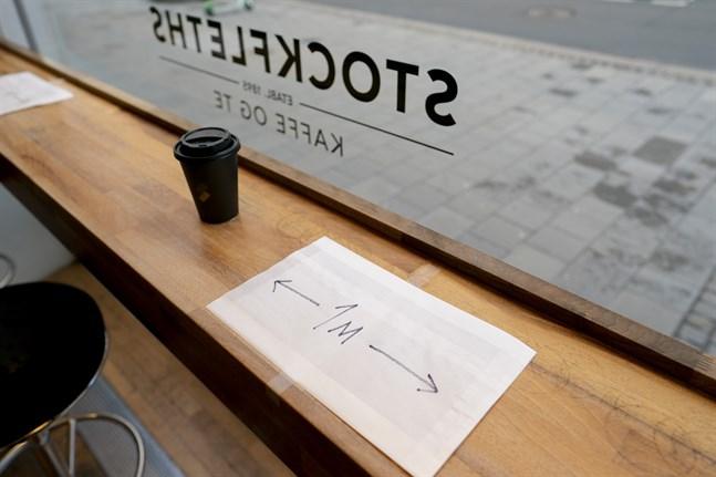 Gäster på norska restauranger och kaféer måste hålla minst en meters avstånd till varandra under pandemin. Arkivbild.