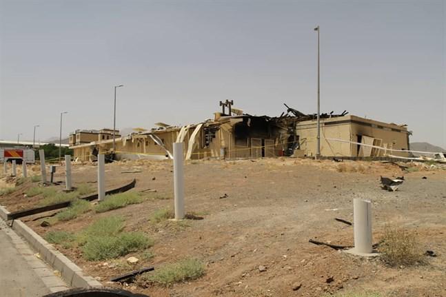 Ett foto som enligt Irans atomenergiorgan visar en del av kärnenergianläggningen i Natanz efter en brand i torsdags.