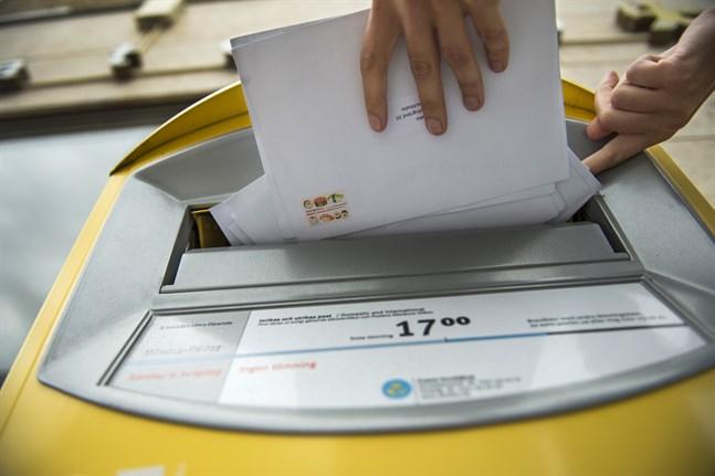 Nya och gamla talesätt har alla ett ursprung. Att något kom som ett brev på posten etablerades när post delades ut två gånger om dagen. Arkivbild.