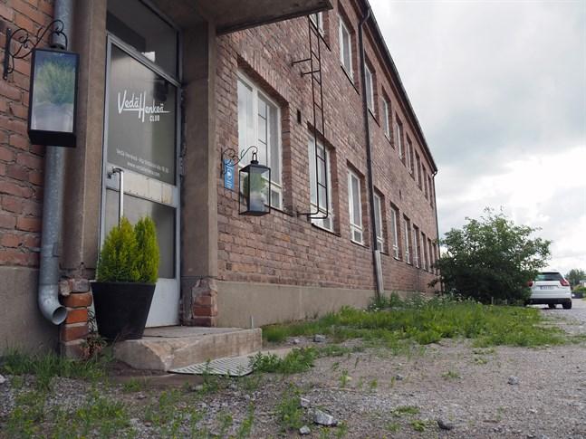 Realisationscentret i Jakobstad har blivit en lokal för en lokal kristen församling.