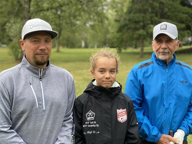 Mats, Nea och Glenn Backlund har golfen som ett gemensamt intresse. Det här är en sport för alla, säger de.
