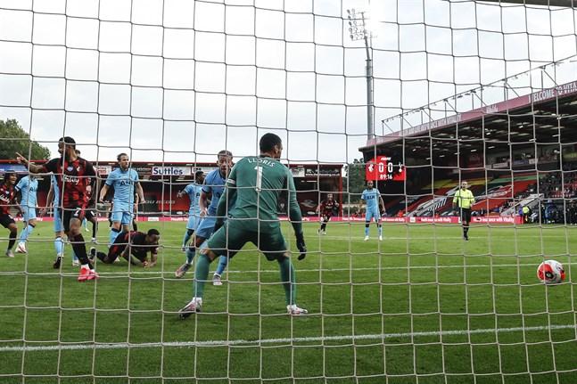 Bournemouths mål mot Tottenham godkändes inte efter videogranskning.