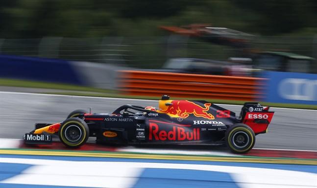 Red Bulls Max Verstappen var snabbast i den andra träningen inför Österrikes F1-tävling. Arkivbild.