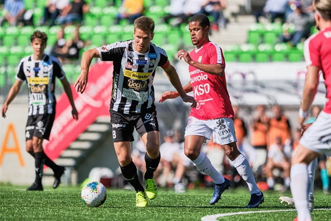 Sebastian Strandvall slog hörnan som Samu Alanko gjorde 1–0 på.