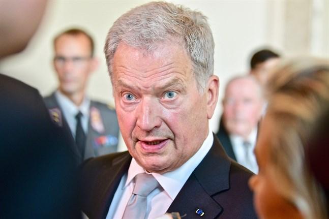 Republikens president Sauli Niinistö tänker fortsätta ta ställning i frågor som inte direkt rör hans maktbefogenheter. Arkivbild.