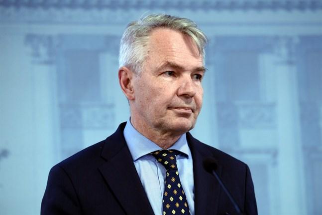 Riksdagens grundlagsutskott gav i februari riksåklagaren i uppgift att undersöka om utrikesminister Pekka Haavisto (Gröna) missbrukat sin tjänsteställning eller brutit mot tjänsteplikten i samband med det så kallade al-Hol-fallet.