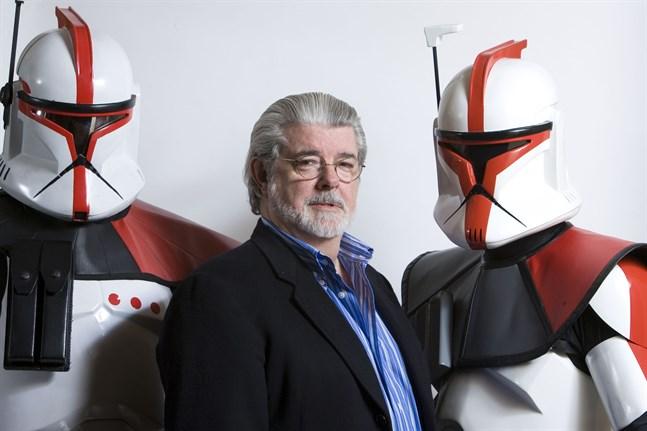 """""""Star wars""""-skaparen George Lucas inför premiär av """"Star wars: The clone wars"""" 2008. Arkivbild."""