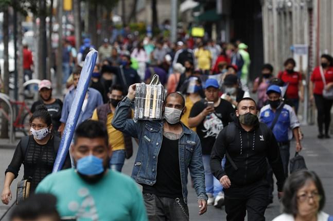 Antalet smittade och döda fortsätter att öka i Mexiko.