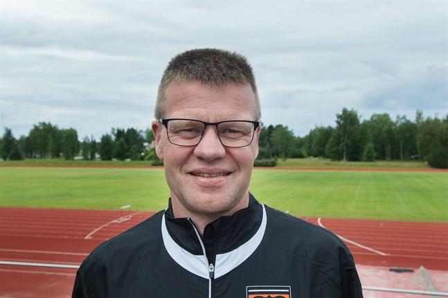 Tävlingsledaren Johan Storbjörk har en funktionärsstab på 200 personer till sitt förfogande.