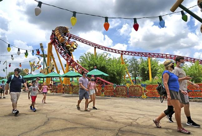 Antalet nya fall i Florida ökar kraftigt. Trots det har exempelvis Walt Disney World öppnats i veckan.