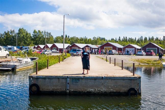 Svedjehamn i Björköby är en av två alternativ i visionen om en Kvarkenförbindelse som Antti Talvitie och Esa Eranti presenterat. – Världsarvet måste få större utrymme i kalkylen, säger världsarvskoordinatorn Malin Henriksson.