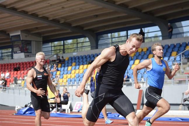 IF Krafts Aleksi Ala-Prinkkilä tog hem segern före Filiph Johansson, Gamlakarleby IF. Albin Lundberg, Vasa IS, kom fyra.
