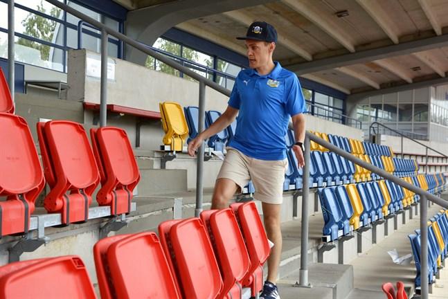 Krafts ordförande Mårten Grandell säger att man tog det säkra före det osäkra och beslöt att sikta på att spela matchen nästa helg i stället.