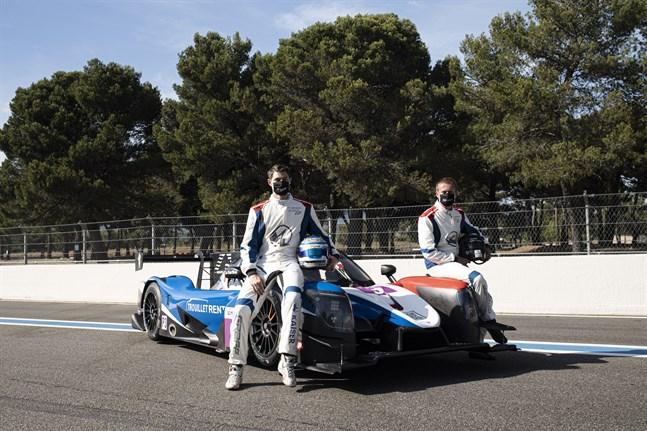 Rory Penttinen och Mathias Kaiser tävlar på Le Mans i helgen. Fredagen bjöd inte på någon höjdare.