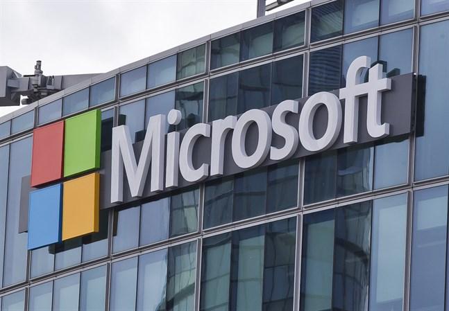 Teknikbolaget Slack anklagar Microsoft för att tvinga in kunder i kommunikationsverktyget Teams. Arkivbild