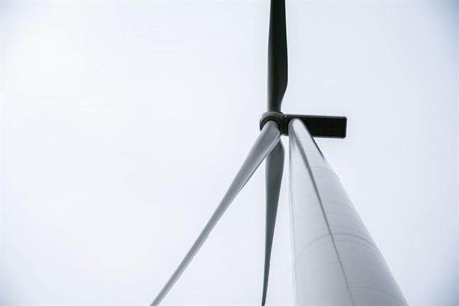 Just nu utreds vindparker i Molpe, Poikel och till havs. Det här är nygamla områden där vindkraft varit aktuellt också tidigare.