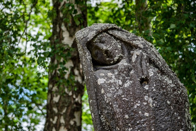Den sörjande kvinnan av John Munsterhjelm.