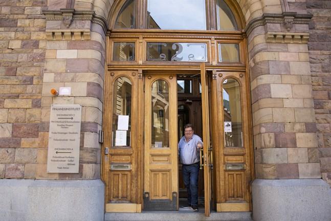 Flyttströmmarna mellan Finland och Sverige står i fokus när en förstudie drar igång i höst, vid Finlandsinstitutet i Stockholm. Anders Eriksson, direktör vid Finlandsinstitutet, berättar om projektet.