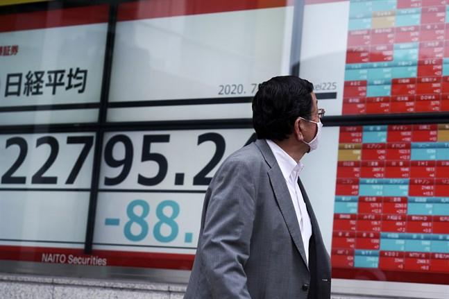 Tokyobörsens Nikkei225-index i Japan sjunker. Arkivbild.