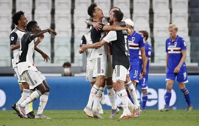 Juventusjubel efter Cristiano Ronaldos 1–0-mål mot Sampdoria.