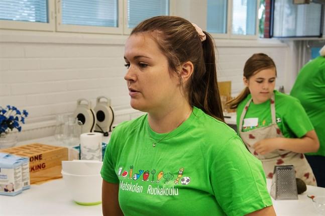 Amanda Majabacka är en av matskolans ledare.