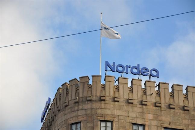 Nordea påminner om att de aldrig frågar efter kundernas bankkoder per telefon, e-post eller sms.