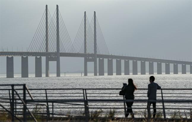 Alla svenskar tillåts nu att resa in i Danmark.