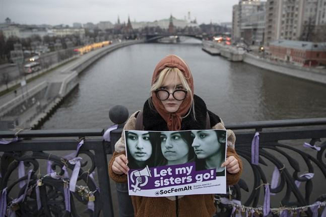 Ryska kvinnorättsaktivister ser de åtalade systrarna som de verkliga offren och har kampanjat för att få dem frisläppta. Arkivbild.