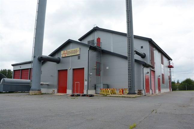 Närpes Fjärrvärme arrenderar en granntomt i Finby för att kunna bygga en ny fjärrvärmeanläggning.