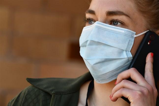 Ansiktsmasker kommer kanske att rekommenderas i kollektivtrafiken.