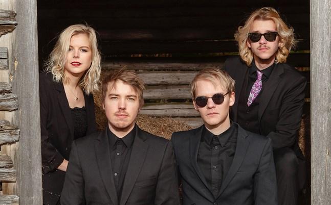 """Ove & the Lydians släpper sin nya låt """"Good Lovin'"""" den 14 augusti, men innan dess hinner bandet med två spelningar – och låten finns med på setlistan."""