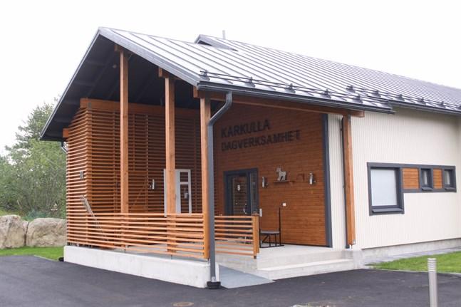 Kårkulla har verksamhet på flera orter i Österbotten. I somras togs den nya byggnaden för dagverksamhet vid Kårkulla i Kristinestad i bruk.