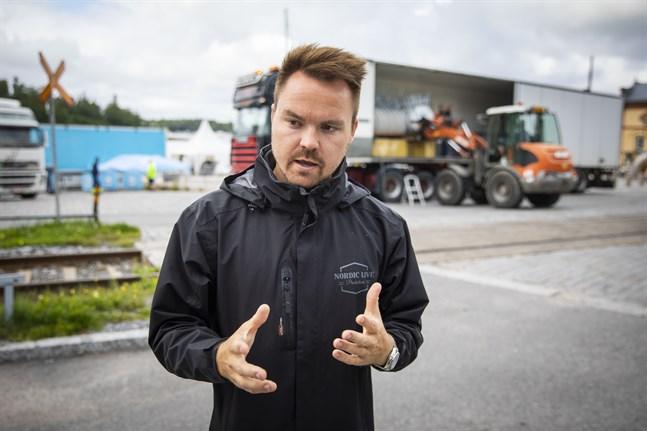 Tommi Mäki har varit med om att ordna evenemang i Karleby tidigare, men aldrig något så stort som Karleby Vinfest kommer att vara.