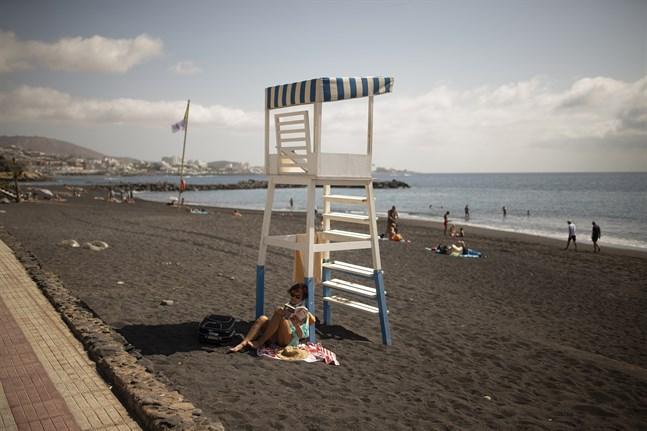 Turister utan försäkring kan känna sig trygga under semestern på spanska Kanarieöarna. Arkivbild.