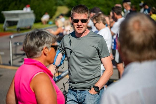 Tävlingsledaren Johan Storbjörk är synnerligen nöjd med funktionärskårens insats under junior-FM i Bennäs.