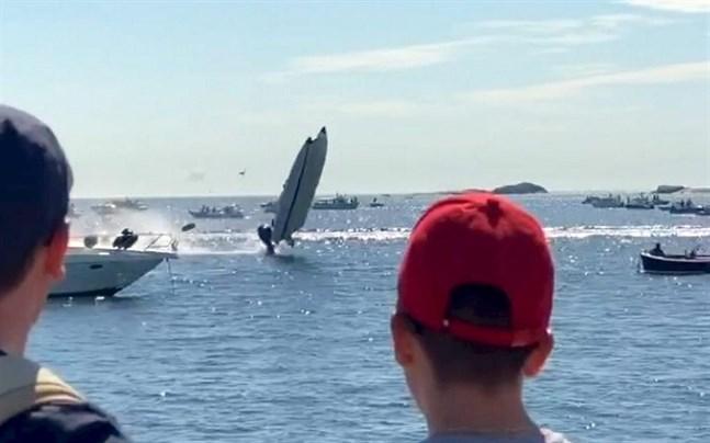Båtolyckan inträffade under Poker Run, ett evenemang för snabba motorbåtar.