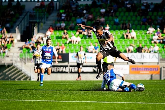 Momodou Sarr har gjort sitt i VPS, nu väntar nya utmaningar i ligalaget Ilves.